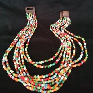 Jewelry - Beaded, colorful versatile necklace
